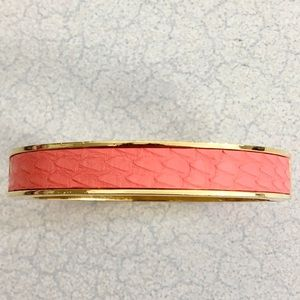 Beautiful J. Crew hinged bangle! 🧡